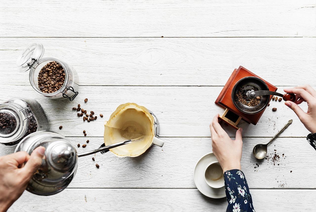 おしゃれバイトの定番カフェが学生におすすめな3つの理由